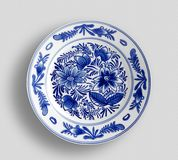 Decorative plate with round ornament in ethnic style. - Image stock photos