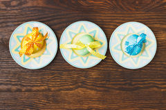 Decorative plates with Easter eggs Royalty Free Stock Image