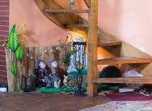 Decoratively dekorujący pokój w pobocze kawiarni blisko Sighisoara miasteczka w Rumunia Obrazy Royalty Free