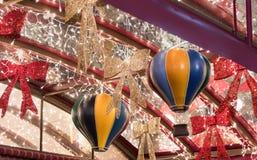 Decorativo adornado para la calle de Sederot Ben Gurion de las celebraciones de la Navidad en Haifa en Israel Foto de archivo libre de regalías