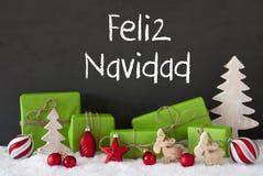 Decorazione, cemento, neve, Feliz Navidad Means Merry Christmas fotografie stock