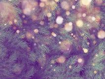 Decorazione dell'albero di Natale con lo spazio della copia per testo e luci vaghe ENV 10 royalty illustrazione gratis