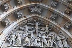 Decorazione della st Vitus Cathedral del timpano Immagini Stock