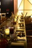 Decorazione della Tabella - insieme di cibo degli utensili Fotografie Stock