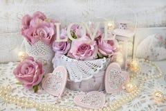 Decorazione di amore nello stile elegante misero per nozze o val romantica Immagini Stock Libere da Diritti