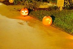 Decorazione di Halloween in una casa immagini stock libere da diritti