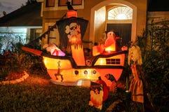 Decorazione di Halloween in una casa Fotografie Stock