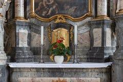 decorazione di interni dell'altare della chiesa nel porcile di barocco e di rinascita Immagini Stock Libere da Diritti