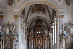 decorazione di interni dell'altare della chiesa nel porcile di barocco e di rinascita Immagine Stock Libera da Diritti