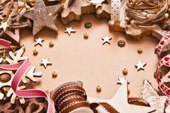 Decorazione di Natale con le stelle di legno Fotografie Stock