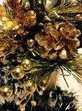 Decorazione di Natale di fascino dell'oro Immagini Stock