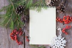 Decorazione di Natale e di Notebooke Fotografie Stock