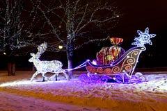 Decorazione di Natale illuminata immagine stock