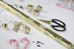 Decorazione di Natale su fondo bianco Fotografie Stock Libere da Diritti