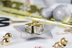 Decorazione di Natale su fondo bianco Immagini Stock