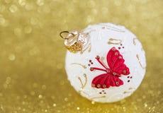 Decorazione di Natale su fondo giallo Immagini Stock Libere da Diritti