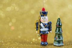 Decorazione di Natale su fondo giallo Fotografie Stock