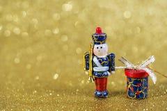 Decorazione di Natale su fondo giallo Fotografia Stock Libera da Diritti