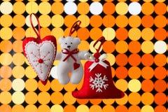 Decorazione di Natale sul fondo astratto dell'oro Immagini Stock