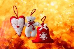 Decorazione di Natale sul fondo astratto dell'oro Immagine Stock Libera da Diritti