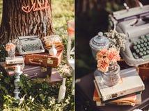 Decorazione di nozze con i fiori e le candele nella foresta Fotografie Stock