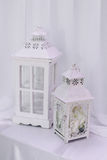 Decorazione di nozze con la gabbia sulla tavola Fotografia Stock Libera da Diritti