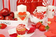 Decorazione dolce del biglietto di S. Valentino fotografia stock libera da diritti