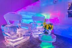 Decorazione domestica della stanza e di progettazione con mobilia fatta da ghiaccio Fotografie Stock