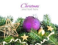 Decorazione dorata e porpora di Natale Fotografia Stock