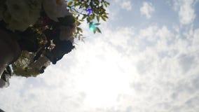 Decorazione per una cerimonia di nozze su un'iarda video d archivio