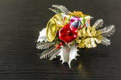 Decorazione piacevole su una tavola o su un albero di Natale Immagine Stock