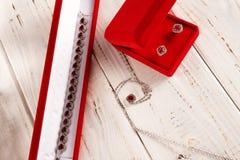 Decorazione preziosa con i rubini fotografia stock