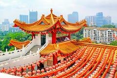 Decorazione rossa delle lanterne in tempio di Thean Hou, Kuala Lumpur, malese Fotografia Stock