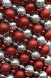 Decorazione rossa ed argent della sfera per natale Fotografia Stock Libera da Diritti