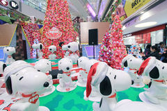 Decorazione Snoopy di natale di Hong Kong APM Fotografie Stock