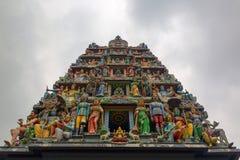 Decorazione sul tempio indù Immagini Stock