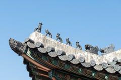 Decorazione tradizionale del tetto della Corea Fotografie Stock Libere da Diritti
