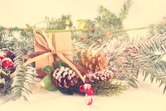 Decorazioni d'annata di Natale di stile Fotografie Stock Libere da Diritti