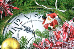 Decorazioni del nuovo anno e dell'orologio Immagini Stock Libere da Diritti