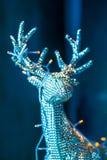 Decorazioni del nuovo anno e di Natale con i cervi d'argento Immagine Stock
