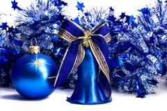 decorazioni dell'Natale-albero su priorità bassa bianca Fotografie Stock Libere da Diritti