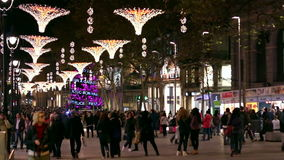Decorazioni delle iluminazioni pubbliche di Natale di Barcellona