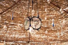 Decorazioni di cristallo e di vetro del gazebo egiziano della spiaggia fotografia stock