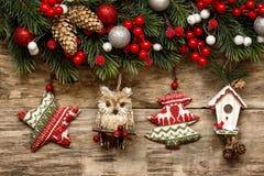 Decorazioni di Natale con gli ornamenti Fotografie Stock