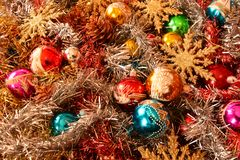 Decorazioni di Natale con le stelle dorate che aspettano la cometa immagini stock
