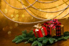 Decorazioni di natale Regali di nuovo anno immagine stock