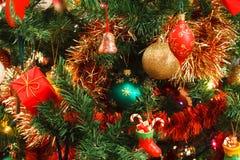 Decorazioni di natale sull'albero Fotografia Stock Libera da Diritti