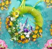 Decorazioni di Pasqua - ghirlanda fotografia stock