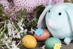 Decorazioni di Pasqua per la decorazione domestica per la festa della primavera Immagini Stock