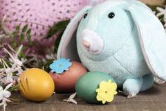 Decorazioni di Pasqua per la decorazione domestica per la festa della primavera Fotografia Stock Libera da Diritti